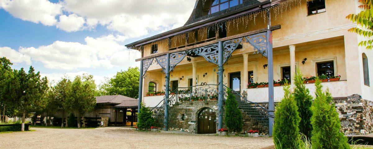 Restaurant Conacul Zaicesti